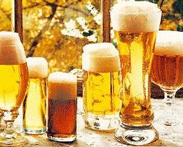 Los 10 beneficios científicos de la cerveza 6-vasos-de-cerveza