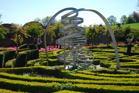 Héllice de ADNhttp://gerryco23.files.wordpress.com/2011/05/dna-garden.jpg