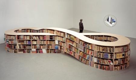 http://gadgets.boingboing.net/2008/11/19/infinite-bookshelf-c.html