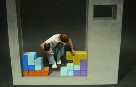 http://chriscarlsonco.tumblr.com/post/47032201431/tetris-stop-motion-animation-soft-pastel-chalk-on
