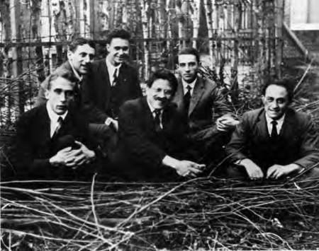 Ehrenfest's students, Leiden 1924. Left to right: Gerhard Heinrich Dieke, Samuel Abraham Goudsmit, Jan Tinbergen, Paul Ehrenfest, Ralph Kronig, and Enrico Fermi. http://en.wikipedia.org/wiki/File:Ehrenfeststudents.jpg