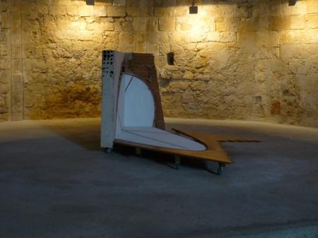 "Tjeerd Alkema, ""Et in arcadia ego"", Chapelle des Pénitents, Aniane, 2009 http://alkema.hanna.perso.sfr.fr/tjeerdalkema/Aniane09.html DR, courtesy Tjeerd Alkema, 2013"