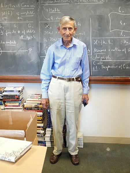 Freeman Dyson en 2007 http://en.wikipedia.org/wiki/File:Freeman_dyson.jpg