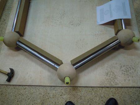 Fig. 2 (2). Materiales. Átomos de carbono, enlaces y plantillas