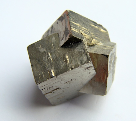 http://edocet.naukas.com/2014/02/22/el-e-book-de-breve-historia-de-la-cristalografia-gratis/
