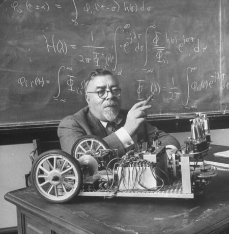 Norbert Wiener, 1949 Getty Images