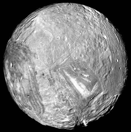 Miranda vista por el Voyager 2