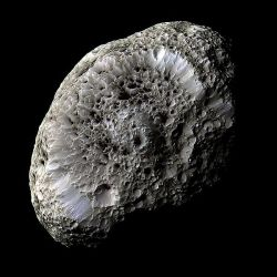 600px-Hyperion_PIA07740