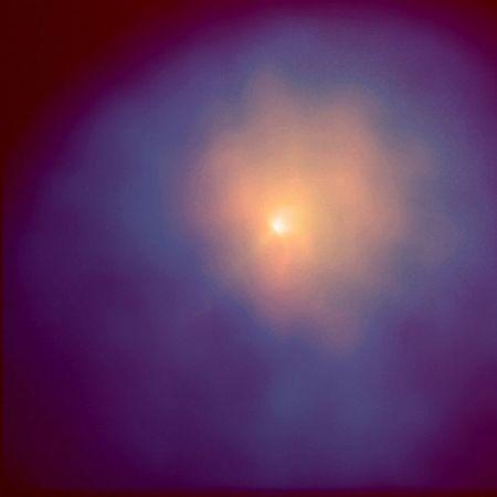 El cometa Hyakutake capturado por el Telesopio Espacial Hubble