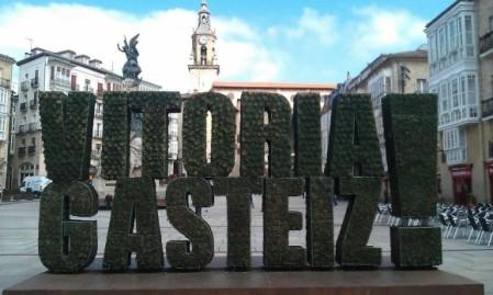 """2. Irudia: Vitoria-Gasteiz 2012an Europako """"Green Capital"""" izan da. Argazkia: Oscar Gonzalez Saez (CC by-nc-sa)."""