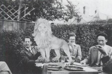 De izquierda a derecha: Ralph Boas, Frank Smithies y Andre Weil.
